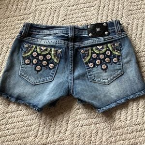 Miss Me shorts- Size 30